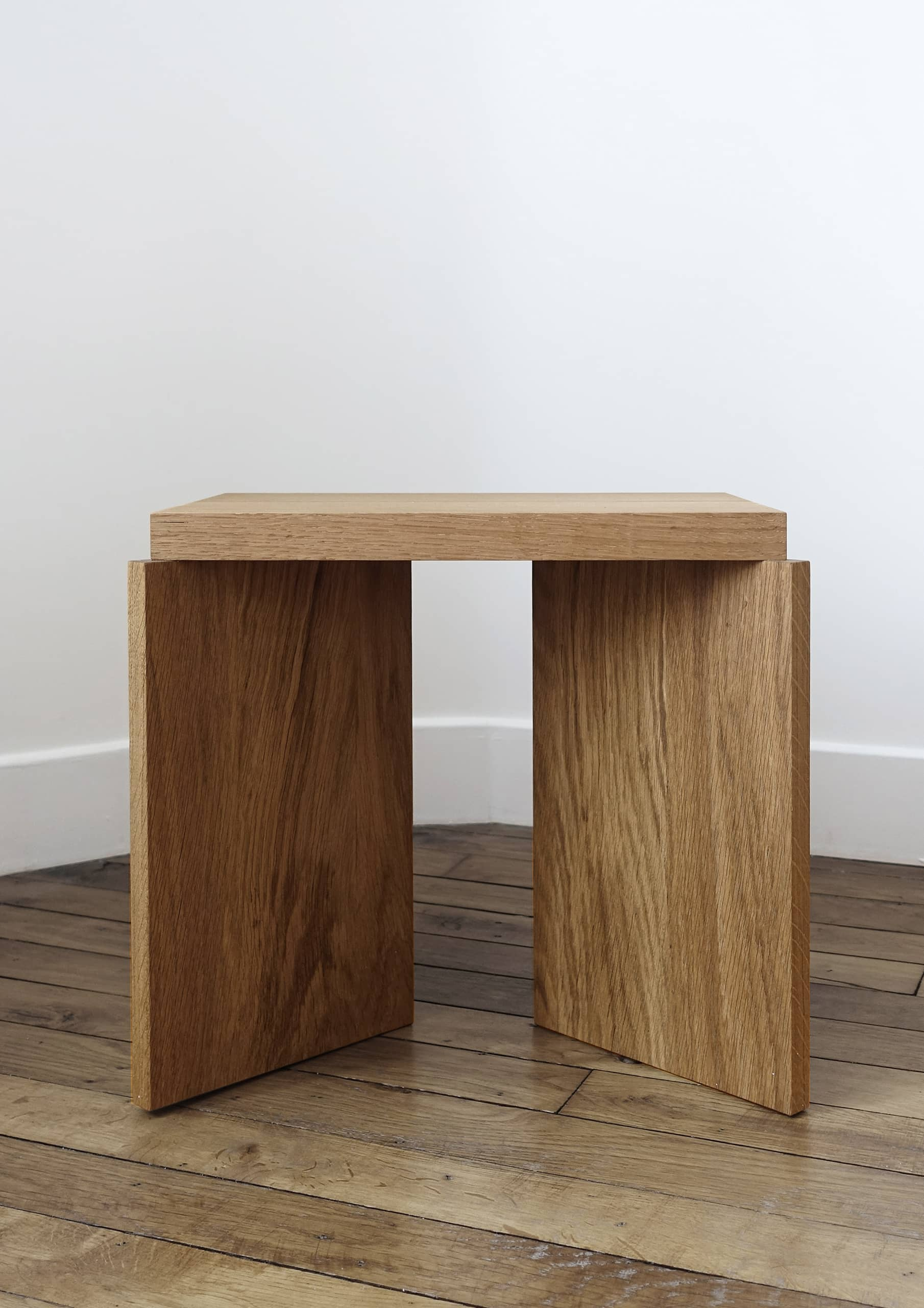 figures_ile_furniture_stool_small_serie