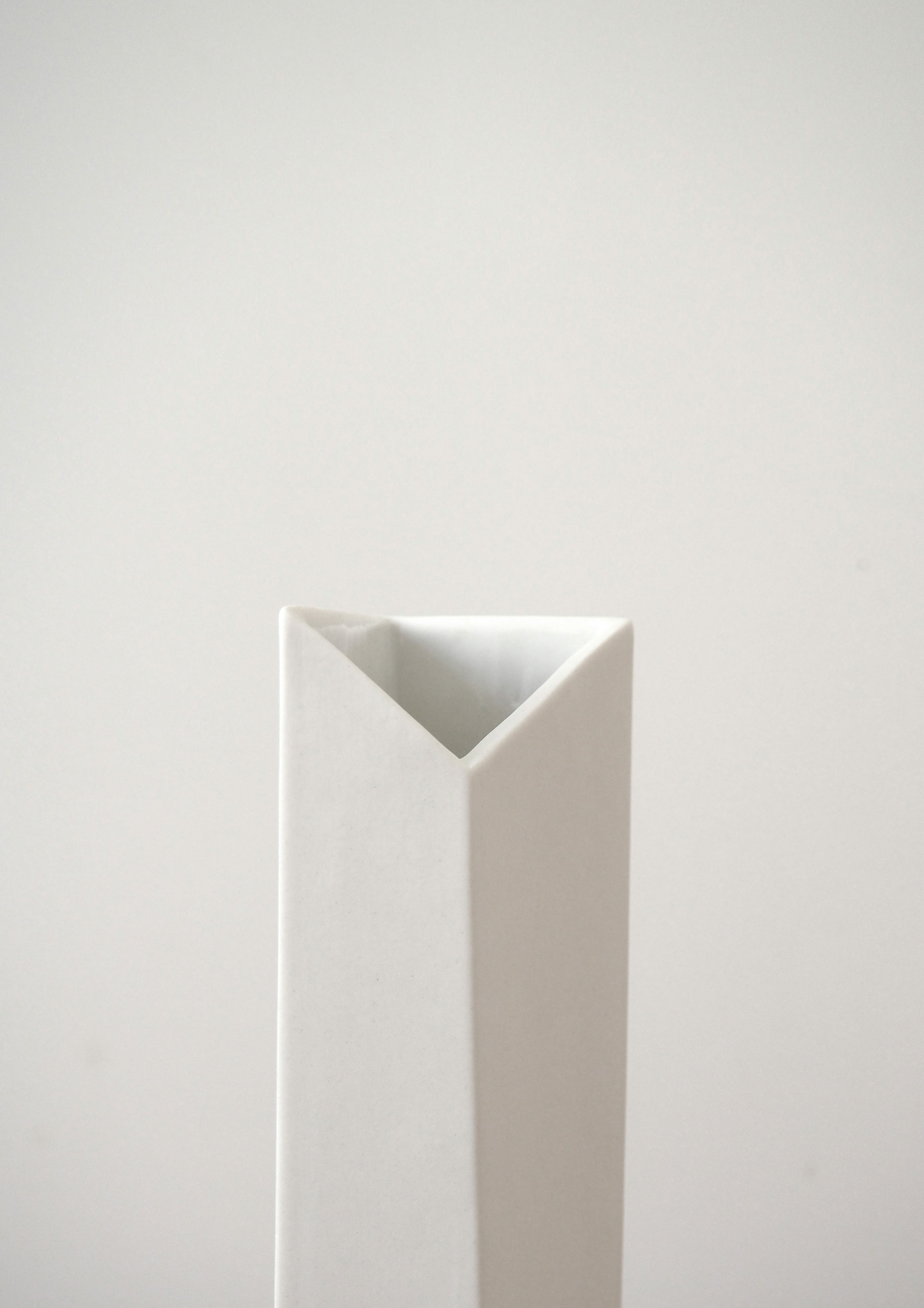 figures_oblic_object_vase_limited_edition