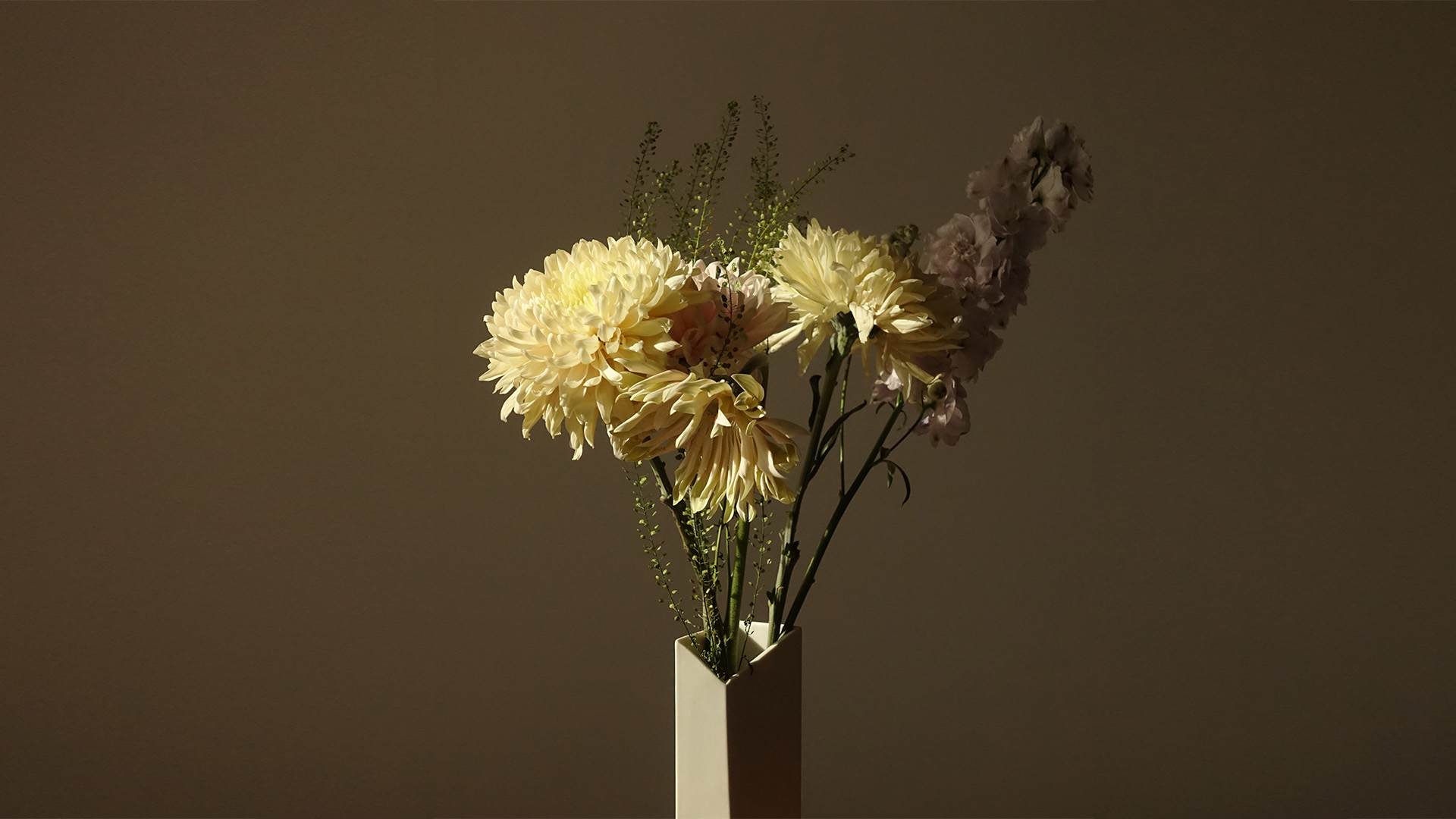 OBLIC vase